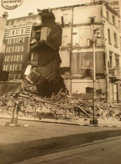 Photo:Damage to 90 Claverton Street, September 1940
