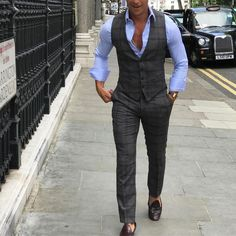 "Gefällt 2,063 Mal, 18 Kommentare - ABSOLUTE BESPOKE (@absolutebespoke) auf Instagram: ""Back in London #london #style #waistcoat #sport #suit #design #uk #chelsea #absolutebespoke…"""
