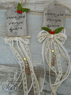 Picture of Γούρι 2018 κρεμαστό Christmas Mood, Christmas Signs, Christmas Wreaths, Christmas Decorations, Diy And Crafts, Christmas Crafts, Xmas Ornaments, Decoration Table, Merry Xmas