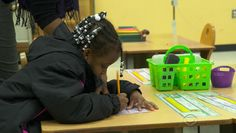 Detroit teachers fed up with shoddy school conditions - CBS News