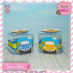 Caixinhas acrílica fofinhas 😍 . Orçamentos: 61 98440-6009 (Whatsapp) . . . #papelariacriativa #papelariapersonalizada #festafusca #scrapfestafusca #temamemino #meumundoazul #maedemenino #festainfantil #montandominhafesta #festapersonalizada #scrapfestabrasilia #maesfesteiras #maesfesteirasbsb Lunch Box, Acrylic Box, Personalized Stationery, Beetle Car, Kids Part, 4 Years, Bento Box