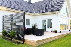 SPECKSTAHUSET: Altanräcke You are in the right place about house plants decor tips and tricks Here we offer you the most beautiful pictures about the house plants decor bathroom you are loo Design Patio, Patio Deck Designs, Fence Design, Garden Design, Pergola Garden, Backyard Fences, Diy Pergola, Backyard Landscaping, Backyard Privacy