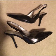 Guess leather/patent sling backs Guess leather/patent sling backs.  A very small mark on the left toe in the patent.  Size 6.5. Guess Shoes