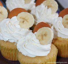 Banana Cream Pie Cupcakes - Play.Party.Pin
