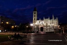 Iglesia de La Antigua. Valladolid. Castilla y León. España © Javier Prieto Gallego www.siempredepaso.es Church of La Antigua. Valladolid. Castile and León. © Javier Prieto Gallego Spain