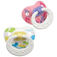 These are the only pacifiers that Anna will use.