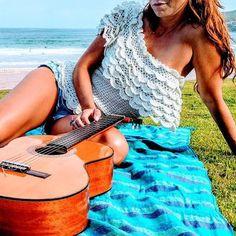 Just a perfect blouse in a perfect day 🏖🏝🏖😉👌🏻 #vanessamontorostyle #vanessamontorocrochet #handmadesilk #crochet ❤️❤️❤️⛱