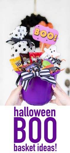 Here's How to Make a Booing Gift Basket How to Boo Someone for Halloween. I have fun ideas on how to put together the perfect Booing gift basket featuring everyone's favorite Fun Size M&M'S®, SNICKERS®, SKITTLES® & TWIX® candies available at Walmart! Halloween Gift Baskets, Easy Halloween Food, Halloween And More, Halloween Boo, Family Halloween, Halloween Candy, Halloween Treats, Halloween Birthday, Halloween 2018