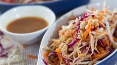 Asian Coleslaw, Coleslaw Salad, Barbacoa, Snacks Saludables, Cole Slaw, Chili, Cabbage, Soup, Avocado