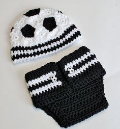 Ravelry: Newborn Soccer Hat and Diaper Cover Prop Pattern pattern by Kara Gunza