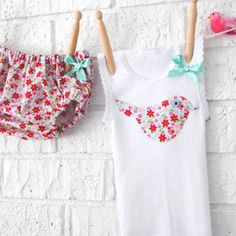 Baby Bloomers and singlet set - nappy covers, newborn, summer, pink, bird - by BubbyMakesThree on madeit Sewing For Kids, Baby Sewing, Baby Shower Gifts, Baby Gifts, Baby Bloomers, First Birthday Outfits, Handmade Baby, My Baby Girl, Sewing Crafts