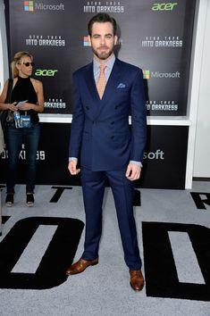 Chris Pine. Drooooool!