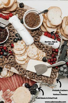 Date Night Cheese Platter Yummy Snacks, Yummy Drinks, Healthy Snacks, Yummy Food, Delicious Recipes, Food Platters, Cheese Platters, Mini Doughnuts, Night Food