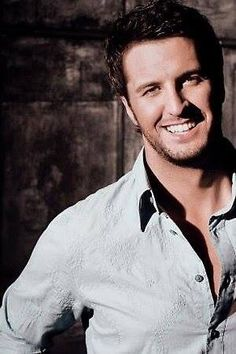 Luke Bryan - Gorgeous