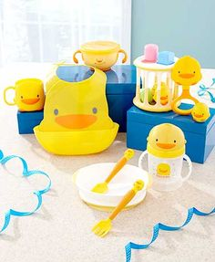 A Piyo-Piyo Yellow Duck Baby Gift Set is sure to be a hit at any baby shower. The Snack Set features a snack bowl with an inner lid to keep food safely inside a Baby Gift Sets, Baby Gifts, Piyo Piyo, Waterproof Bibs, Forks And Spoons, Rubber Duck, Future Baby, Ducks, Baby Shower