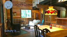 Logden Lodge Nelson (British Columbia) Set in Nelson, Logden Lodge features a garden and barbecue. Hummer Handle Tow is 16 km away. Free WiFi is featured and free private parking is available on site. All units include a seating and dining area. Dining Area, Dining Table, Rustic Comforter, Luxury Cabin, British Columbia, Wood, Hummer, Furniture, Free Wifi