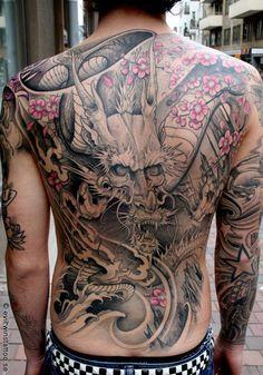 Japanese style Dragon on back - 100 Awesome Back Tattoo Ideas <3 <3