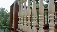 Octagon Base Colonial Turned Balusters
