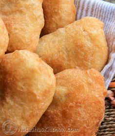 Serve these meat piroshki by themselves or pair them with that awesome garlic dip you might recall from the potato piroshki. The flavor is fantastic! Ukrainian Recipes, Russian Recipes, Slovak Recipes, Ukrainian Food, Russian Dishes, Russian Foods, Snack Recipes, Cooking Recipes, Snacks