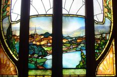 L Interieur De La Chambre De Commerce De Nancy Presente De Somptueux Vitraux Signes Jacques Gruber Parmi Les Gran Art Nouveau Vitrail Vitraux De La Cathedrale