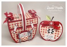 7/31/2012; Lauren Meader at 'My Time, My Creations' blog; picnic time!  Picnic basket and apple (invitation) card