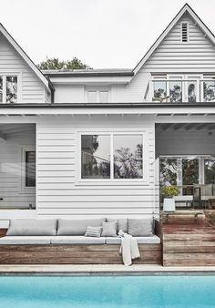 A lovingly renovated bush-meets-beach property in Sydney captured the hearts of its owners, a well-travelled family of four.