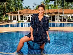 Caras faz editorial com atriz Renata Dominguez em Foz do Iguaçu