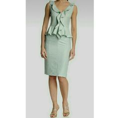 """NWT Badgley Mischka mint peplum sheath dress. This dress is so much more stunning in person. Beautiful mint and light gold  It is tagged a 0 but it may work for a 2. The measurements are approx  16.25"""" chest laying flat, 13"""" waist laying flat and approx 40"""" shoulder to hem. It's a thicker weave material but it's fully lined. See 3rd and 4th photo for more accurate coloring & fabric detail. NO TRADES Badgley Mischka Dresses Midi"""