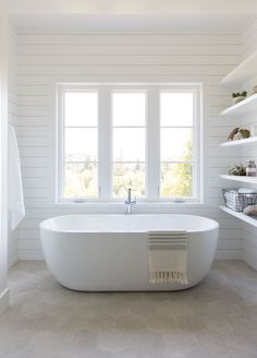 Modern farmhouse master bathroom designed by Love & Interiors & Mill Valley, California Source by loveandinteriors The post Mill Valley Modern Farmhouse appeared first on Wise Cabinetry. Master Bathroom Layout, Modern Master Bathroom, Modern Farmhouse Bathroom, Master Bathrooms, White Bathroom, Master Tub, Modern Farmhouse Design, Large Bathrooms, Dream Bathrooms