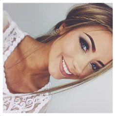 ❄️ |@♢ Nicole Lecher ♢| ❄️ Danielle Mansutti