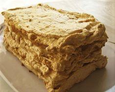 prajitura bezea My Recipes, Cake Recipes, Something Sweet, Apple Pie, Banana Bread, Caramel, Bacon, Desserts, Brownies
