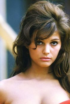 Claudia Cardinale, c.1960's. Full size (754 × 1184): http://i.skyrock.net/9207/83629207/pics/3090795013_2_11_ScIrs6HY.jpg
