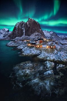 Stock photo of Vista panorámica de la impresionante Aurora (editar ahora) view of the amazing Northern Lights from Aurora Borealis over the beautiful winter wonderland landscape with trees and snow on a scenic cold Landscape Photos, Landscape Photography, Nature Photography, Scenic Photography, Night Photography, Lofoten, Northern Lights Norway, Northen Lights, Mountain Photos