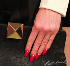 .red nails