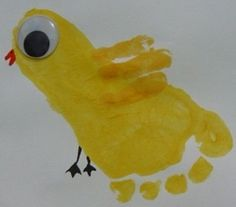 Kuiken schilderen mbv een voet