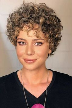 Browse here to see the chic and sexy short curls styles for women and girls. This is one of the best ways for ladies to get some kind of unique and stylish curly hair looks right now. You may see here the flattering ideas of short curly hairstyles fo Short Curly Hairstyles For Women, Curly Hair Styles, Curly Hair Cuts, Short Hair Cuts, Perms For Short Hair, Pixie Cuts, Natural Hairstyles, Short Layered Curly Hair, Short Curls