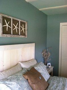 custom headboard with wall art! DIY beach bedroom! KVK