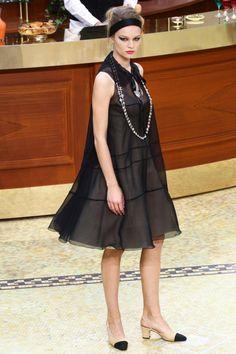 El pequeno vestido negro chanel