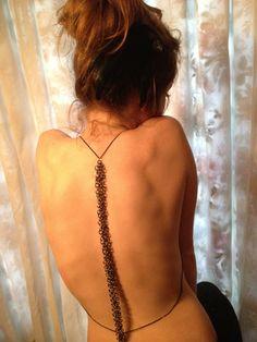 spinal chain - love unique jewelry!