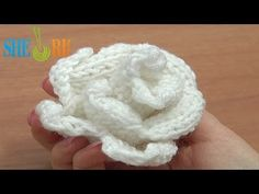 Crochet and Knitting. Step by step knitting and crocheting tutorials for beginners and patterns. Knitting Videos, Arm Knitting, Crochet Videos, Knitting Stitches, Knitting Projects, Knitted Flower Pattern, Knit Headband Pattern, Knitted Flowers, Flower Patterns