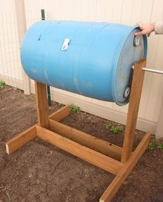 Have leftover vegetable matter? Want to have great organic material to mix in with your garden this spring? This composting tumbler will do the trick! A simple stand and blue plastic barrel with a hinged opening works great! PLUS you can turn the rotisserie for hands-free mixing! Awesome!