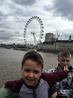 London with kids- going on the London Eye - tips and advice London With Kids, Westminster Bridge, London Eye, City Break, London Travel, Travel With Kids, Getting To Know, Parenting, Advice