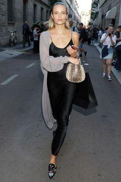 www.emfashionfiles.com #slipdress #fashion #fashionblogger #fashionblog #streetstyle #blacklongdress