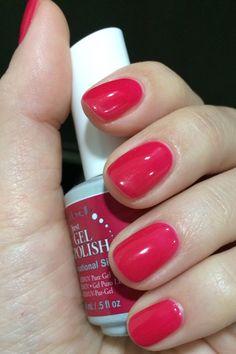 Sensetional siren (a beautiful raspberry color) Just gel polish Ibd