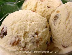 Inghetata cu rom si stafide Cream Recipes, Icecream, Desserts, Rome, Tailgate Desserts, Ice Cream, Deserts, Postres, Dessert