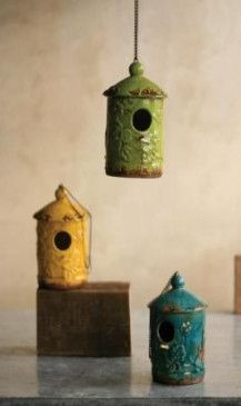 Ceramic bird houses in tropical colors. [At West End]***Research for possible future project. Clay Birds, Ceramic Birds, Ceramic Clay, Ceramic Pottery, Pottery Art, Pottery Painting, Painting Art, Pottery Houses, Ceramic Houses