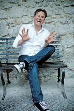 .Colin firth + Converse = <3, male actor, gesture, expression, smile, jeans, snickers, laugh, celeb, powerful face, intense eyes, hot, sexy, eyecandy, portrait, photo