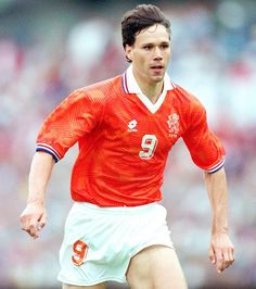 Marco Van Basten of Holland in action at Euro Legends Football, Football Icon, Best Football Players, National Football Teams, Football Photos, World Football, Soccer World, Sport Football, Soccer Players