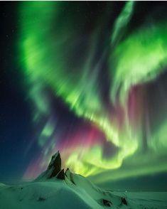 305 отметок «Нравится», 1 комментариев — #ArtOfGalaxies (@artofgalaxies) в Instagram: «Who else wants to go to Iceland? ♂️  Photo by @nicholasroemmelt  ➖➖➖➖➖➖➖➖➖➖➖➖➖➖➖ Tag…»