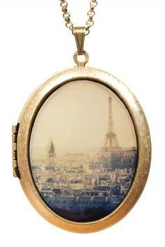 <3 Paris Locket